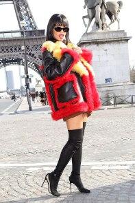 5502a77110f94_-_01-2014-march-05-paris-fashion-week-rihannas-best-outfits-v
