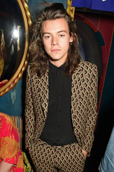 harry-styles-glamour-22sep15-getty_b